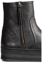 Warm-lined platform boots - Black - Ladies | H&M CN 4