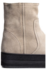 Warm-lined platform boots - Light beige - Ladies | H&M CN 4