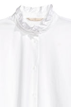 Shirt with a frilled collar - White - Ladies | H&M CN 3
