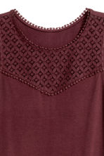 Top with lace - Burgundy - Ladies | H&M CN 2