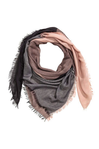 Block-patterned scarf - Powder/Black - Ladies | H&M 1