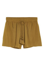 Viscose shorts - Olive green - Ladies | H&M CN 2