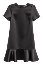 Satin dress with a flounce - Black - Ladies | H&M CN 2