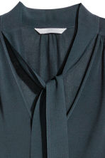 Tie-neck blouse - Dark blue - Ladies | H&M CN 3