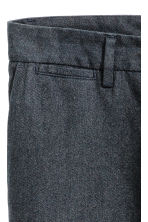Cropped suit trousers - Dark blue - Men | H&M CN 3