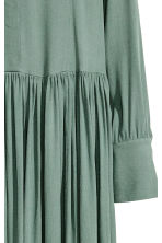 Crêpe dress - Green - Ladies | H&M CN 3