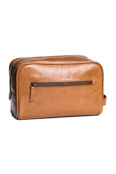 Large leather wash bag - Cognac brown -  | H&M