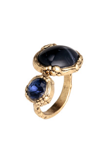 Ring with double stones