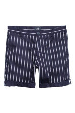 Short chino shorts - Blue/White striped - Men | H&M CN 2