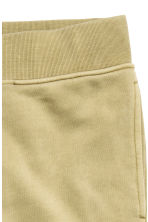 Joggers - Light khaki green - Men | H&M CN 4