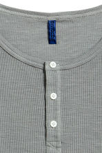 Henley shirt - Grey - Men | H&M CN 3