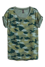 Patterned T-shirt - Dark khaki green - Ladies | H&M CN 2
