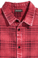 Washed cotton shirt - Red/Checked - Men | H&M CN 4