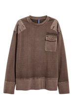 Sweatshirt with chest pocket - Dark brown - Men | H&M CN 2