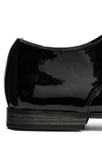 Patent Derby shoes - Black - Men | H&M CN 4