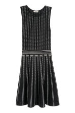 Textured dress - Black/White/Patterned - Ladies | H&M CN 2