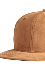 Imitation suede cap - Camel - Men | H&M CN 3