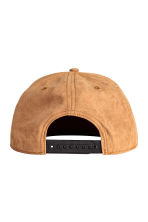 Imitation suede cap - Camel - Men | H&M CN 2