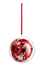 Socks in a Christmas bauble - Red - Kids | H&M CN 2
