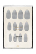 Press-on nails - Dove Story - Ladies | H&M IE 1