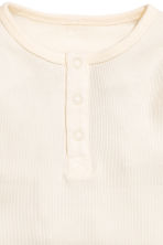 Long-sleeved Henley shirt - Natural white -  | H&M CN 2