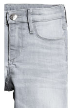 Superstretch Skinny Fit Jeans - Light grey washed out - Kids | H&M 4