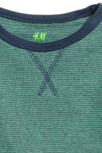 Long-sleeved T-shirt - Green/Narrow striped -  | H&M CN 3