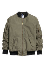 Bomber jacket - Khaki green - Men | H&M 2