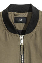 Padded bomber jacket - Khaki green - Men | H&M 3