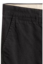 Chinos Slim fit - Black -  | H&M 4