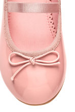 Ballet pumps with strap - Pink - Kids | H&M 4