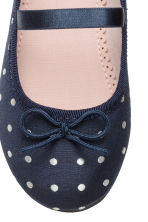 Ballet pumps with strap - Dark blue/Spotted - Kids | H&M CN 3