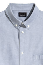 Premium cotton Oxford shirt - Light grey blue - Men | H&M CN 3