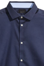 Premium cotton shirt - Navy blue - Men | H&M 3