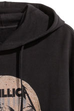 Printed hooded top - Black/Metallica - Men | H&M CN 3