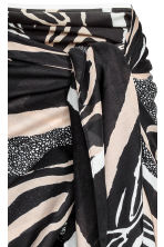 Patterned sarong - Zebra pattern - Ladies | H&M CN 2