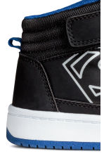 Hi-top trainers - Black Batman/Superman - Kids | H&M 5