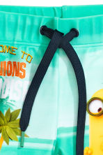 Printed swimming trunks - Mint green/Minions  -  | H&M CN 4
