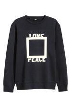 Printed sweatshirt - Dark blue - Men | H&M CN 2