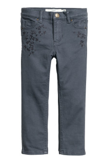 Twill trousers with embroidery