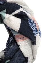 Airy tube scarf - Dark blue/Floral - Ladies | H&M CN 3