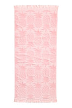 Pineapple-patterned bath towel - Light pink - Home All | H&M CN 1