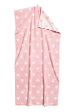 Star-patterned bath towel - Light pink - Home All | H&M CN 2