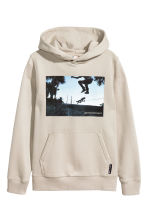 Hooded top - Light beige/Skateboard - Kids | H&M CN 2
