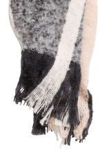 Striped scarf - Powder/White - Ladies | H&M 2