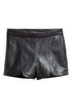 Imitation leather shorts - Black - Ladies | H&M 2
