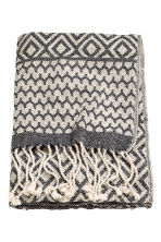 Jacquard-weave blanket - Natural white/Anthracite grey - Home All | H&M CN 1