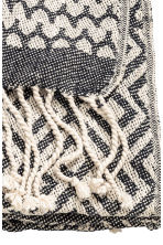 Jacquard-weave blanket - Natural white/Anthracite grey - Home All | H&M CN 3