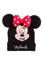 Knitted hat - Black/Minnie Mouse - Kids | H&M 1