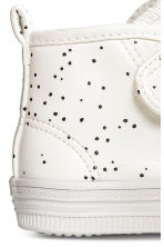 Lined trainers - Nat. white/Spotted -  | H&M CN 4